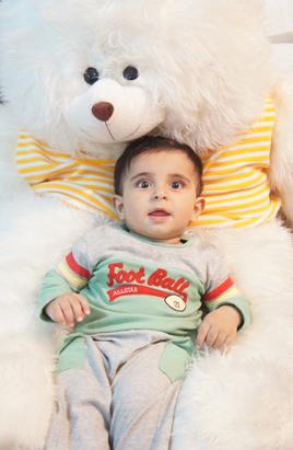 رایین و عروسک غول آسا